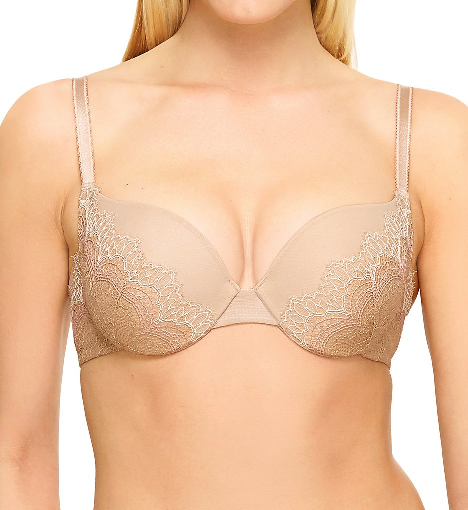 b.tempt'd by Wacoal - b.tempt'd by Wacoal 958221 Wink Worthy Underwire Push-Up Bra (Au Natural 32A)