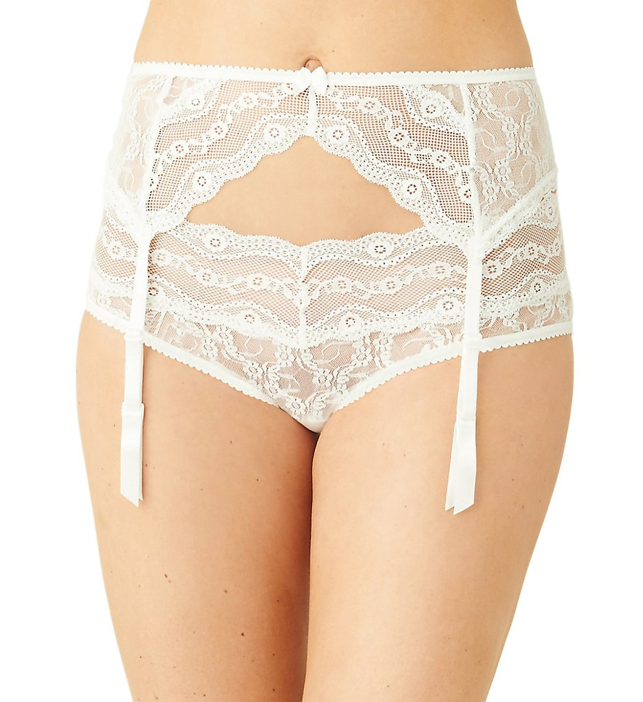 b.tempt'd by Wacoal - b.tempt'd by Wacoal 977182 Lace Kiss Garter Belt (White P/S)