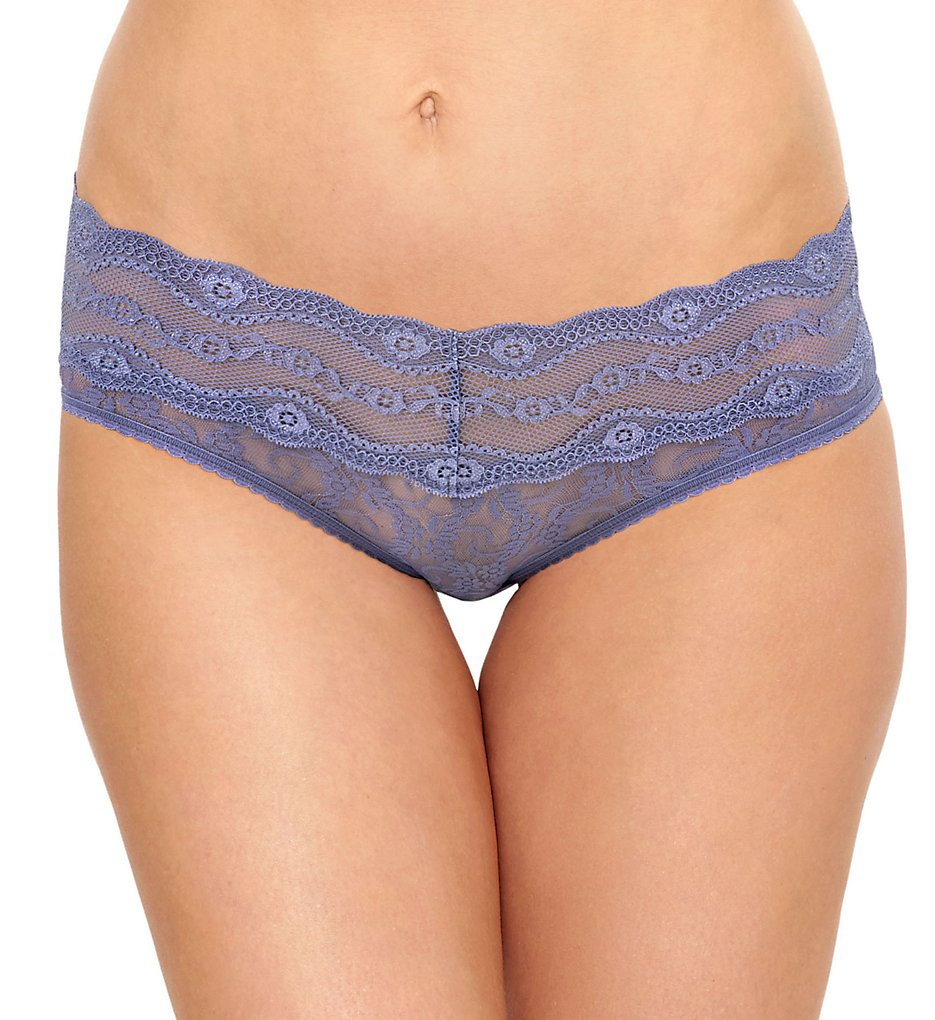 b.tempt'd by Wacoal 978282 Lace Kiss Hipster Panty