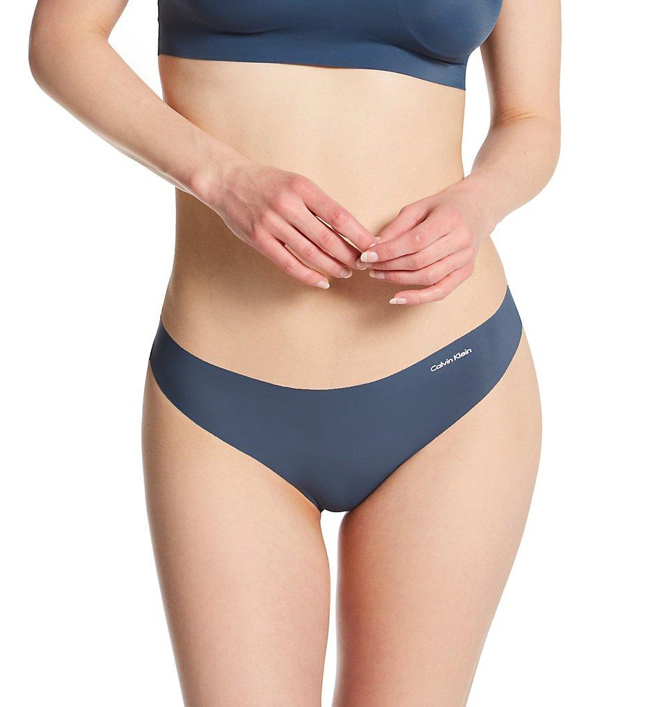 771c0679f Calvin Klein Invisibles Thong D3428 - Calvin Klein Panties