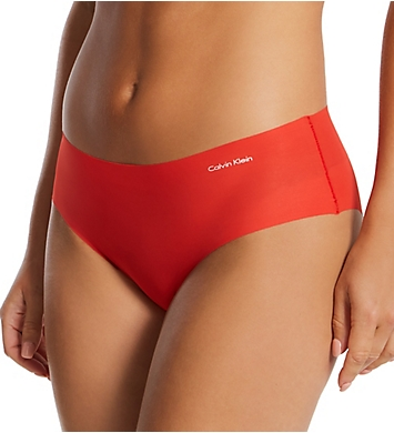 Calvin Klein Invisibles Hipster Panty - 3 Pack