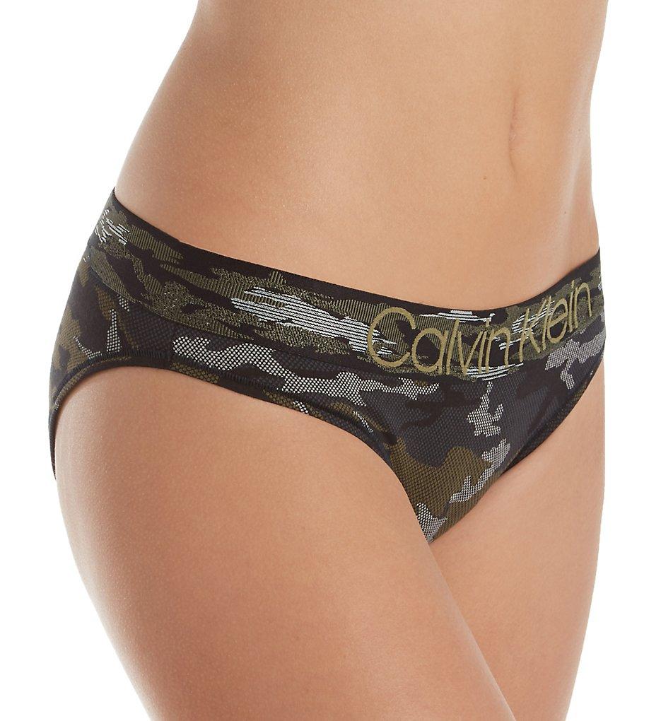 Calvin Klein - Calvin Klein QF4950 Camo Bikini Panty (Camo Black S)