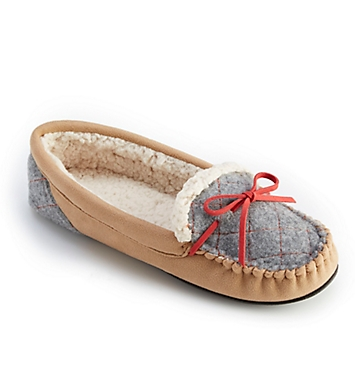 Dearfoams Microsuede Moccasin With Quilted Tab Slipper