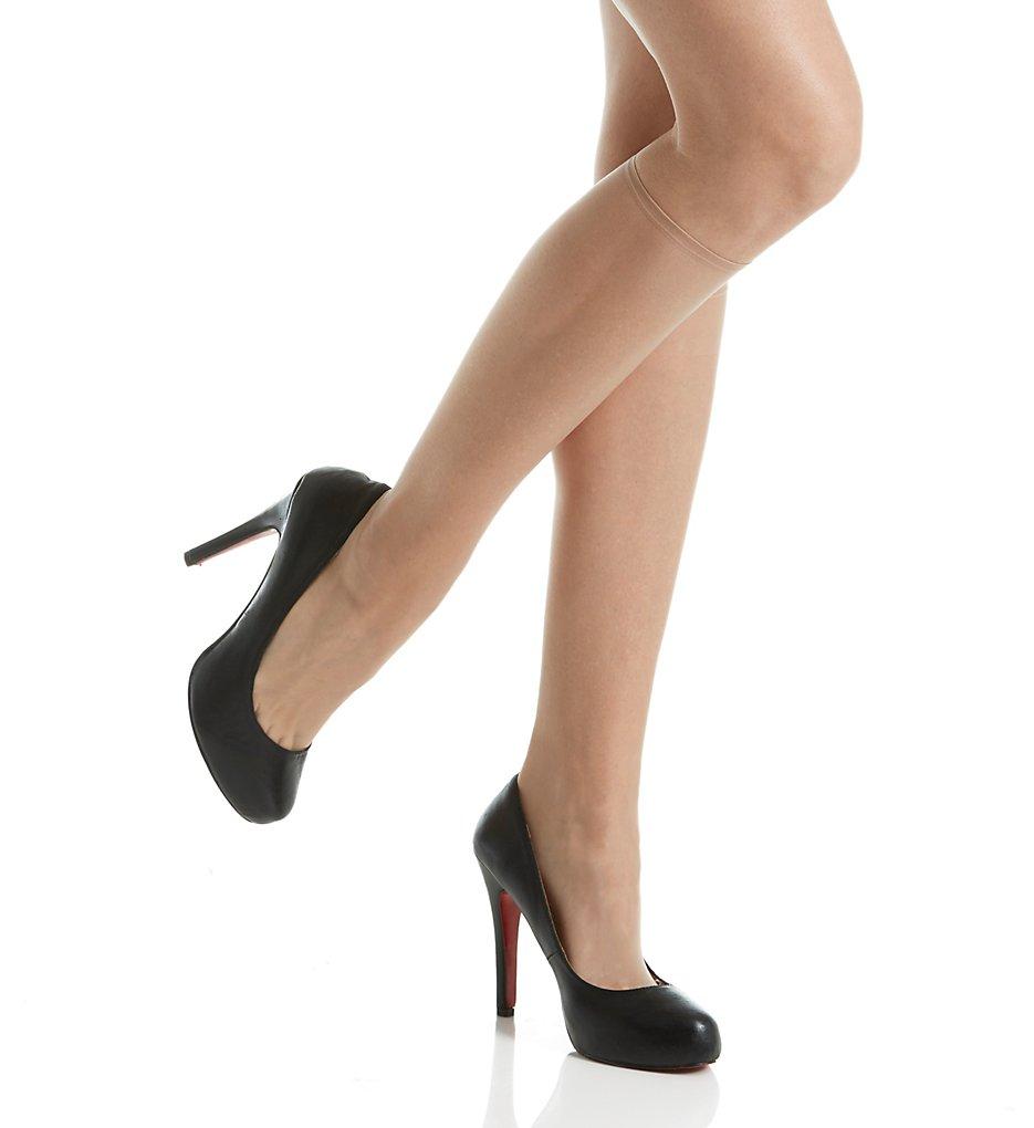 267d34c76 Donna Karan Beyond Nudes Knee High DKS002 - Donna Karan Hosiery