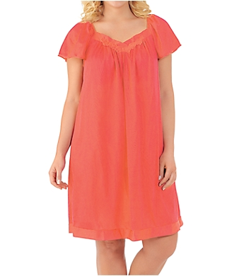 Exquisite Form Coloratura Flutter Sleeve Short Nightgown
