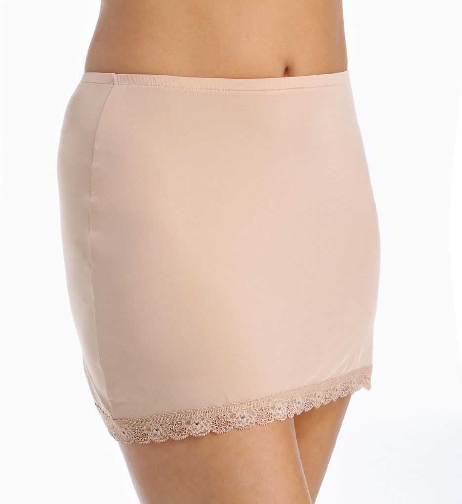Hanky Panky Silky Skin 14 Fitted Half Slip with Lace Trim