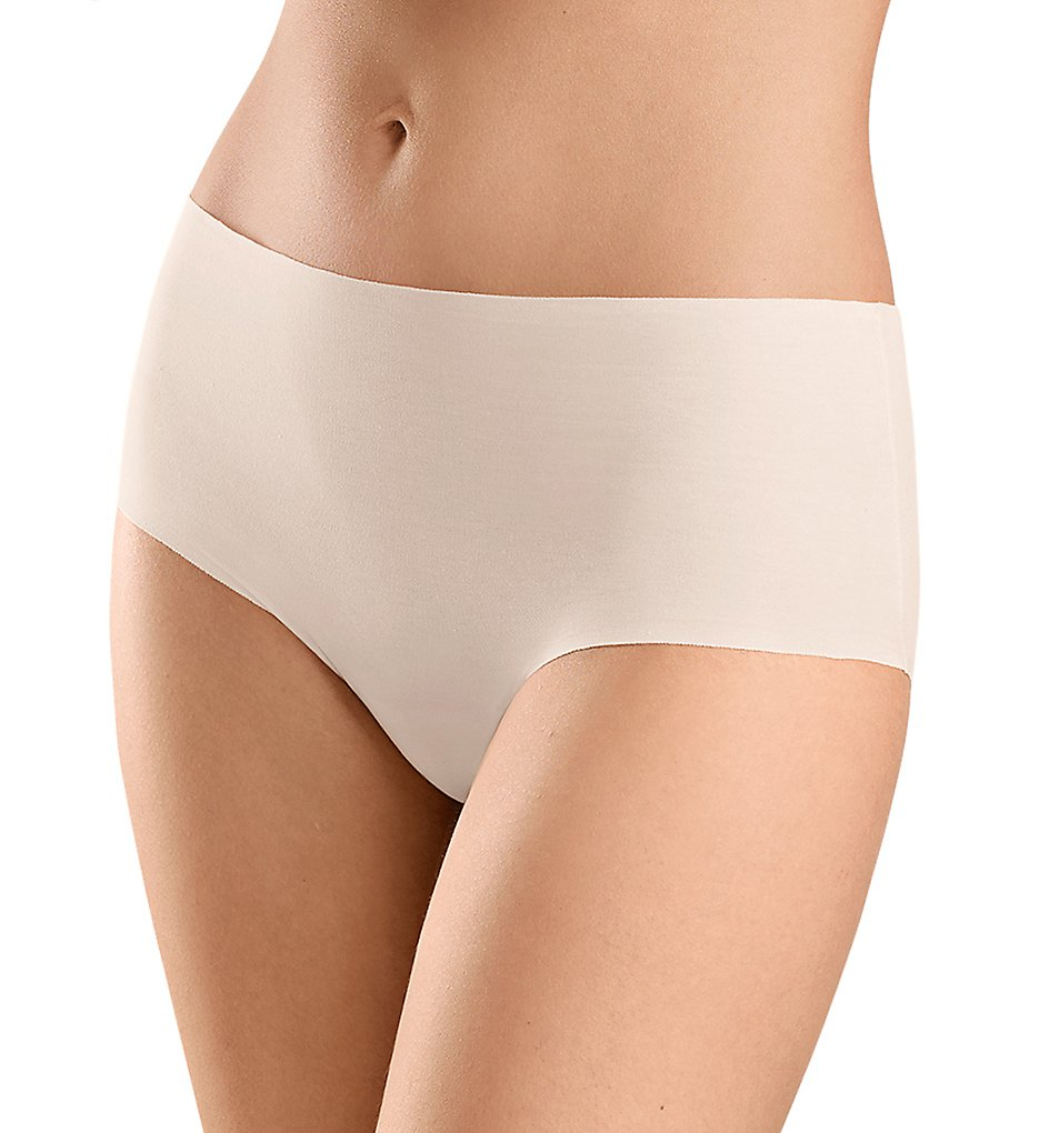 Hanro - Hanro 71228 Invisible Cotton Full Brief Panty (Powder XS)