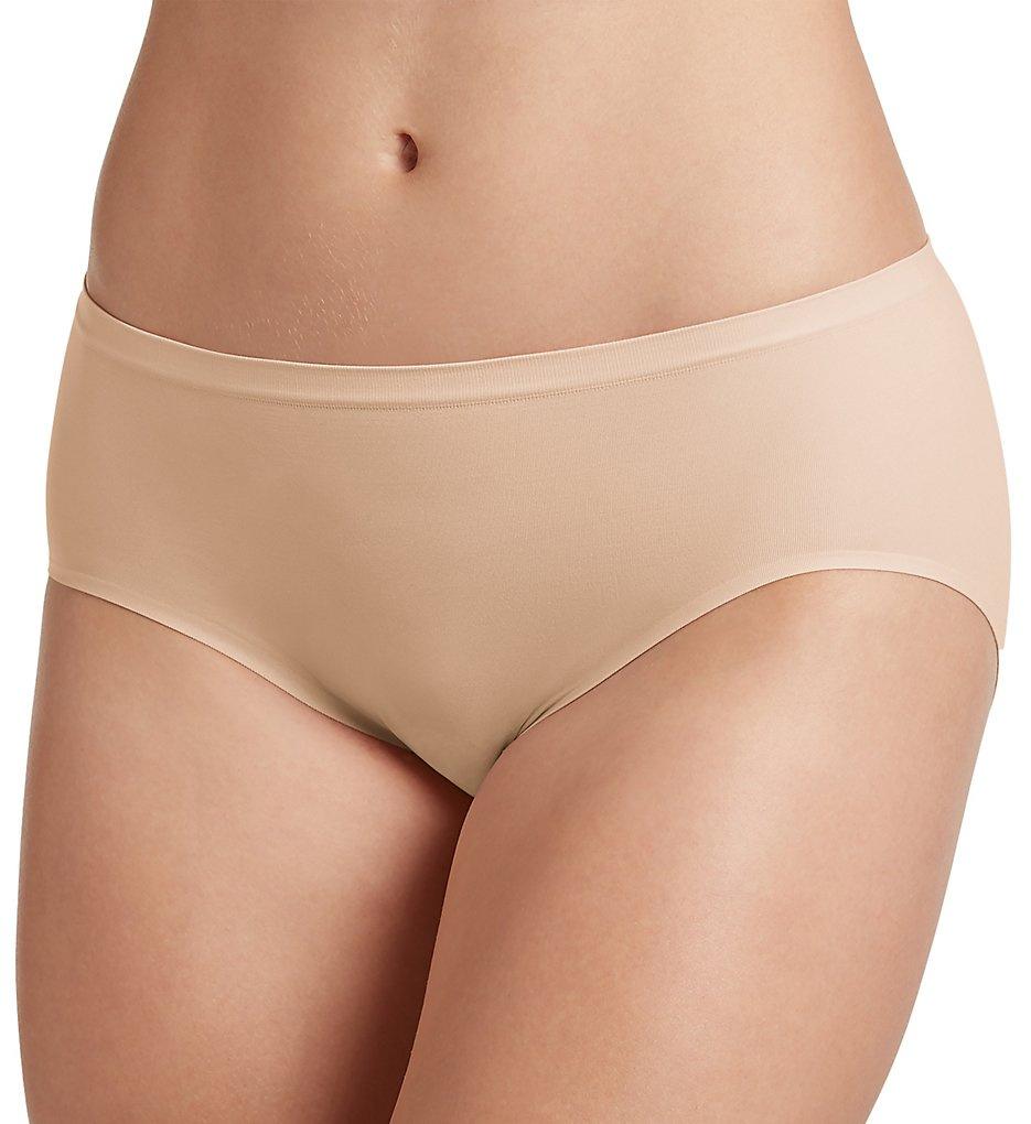 Jockey >> Jockey 2146 Air Seamfree Hi Cut Panty (Light 5)