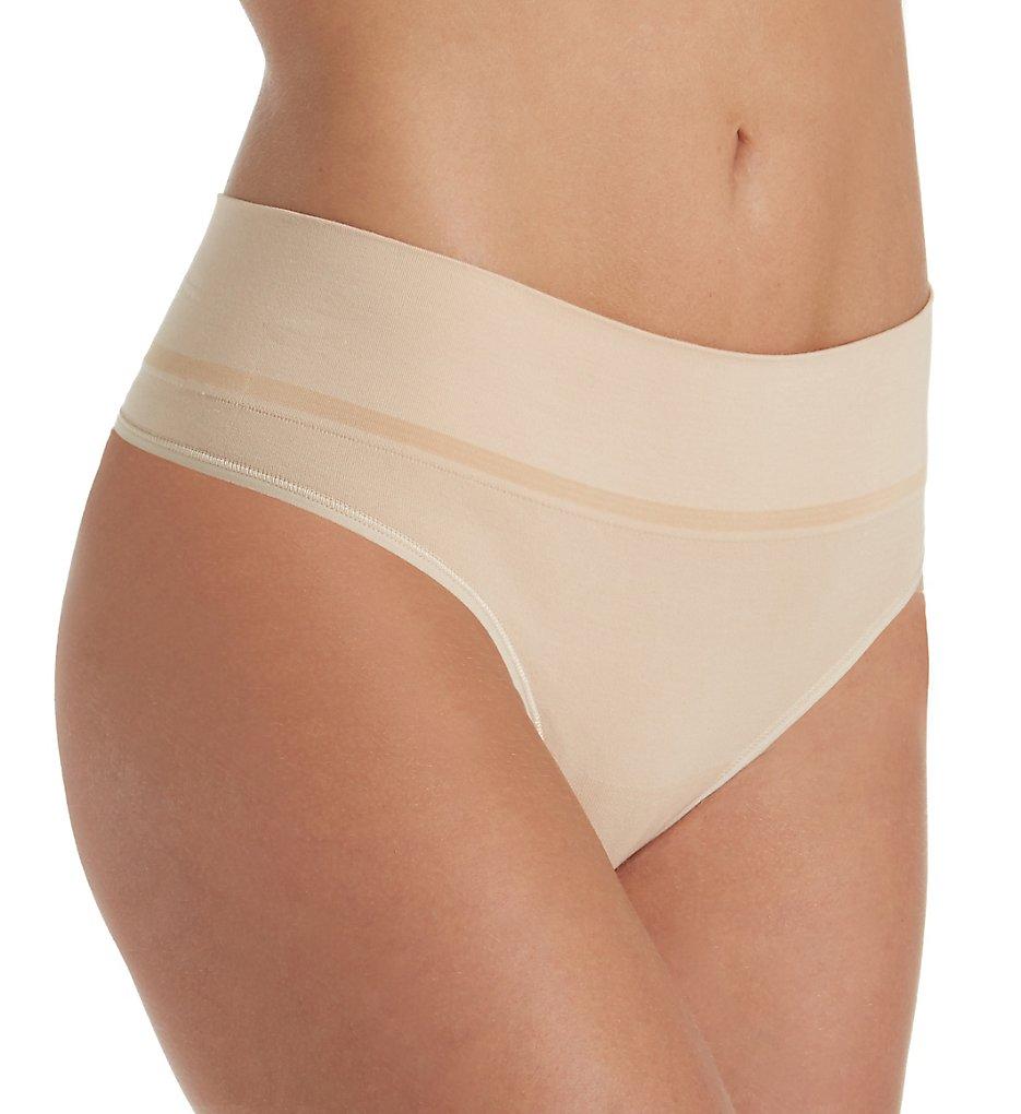 Jockey : Jockey 2454 Natural Beauty Seamfree Thong Panty (Sandcastles 5)