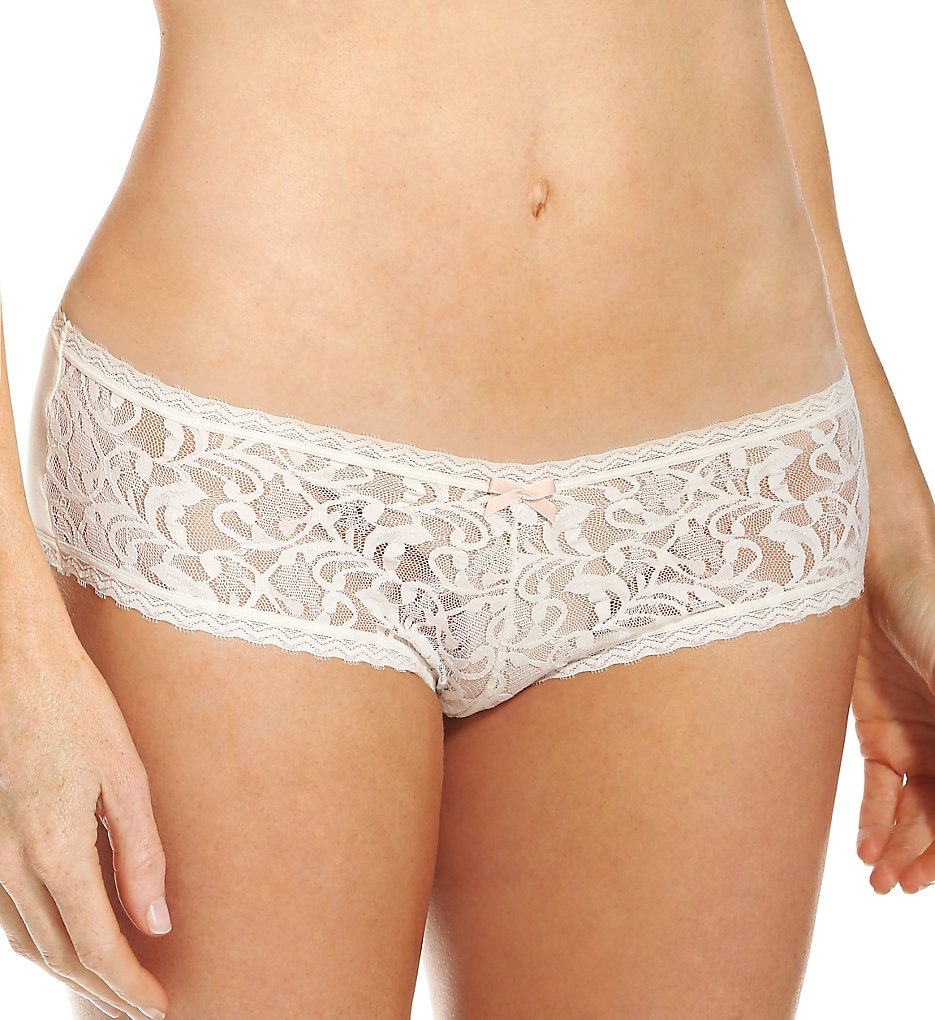 Maidenform : Maidenform 40870 Comfort Devotion Comfort Lace Cheeky Hipster Panty (Ivory/Shell 5)