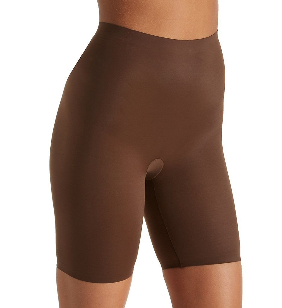 Maidenform - Maidenform DM0035 Cover Your Bases Thigh Slimmer with Cool Comfort (Nude 6/Bronze XL)