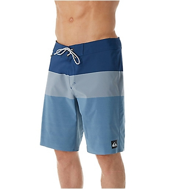 Quiksilver Blocked Vee 20 Inch Board Short