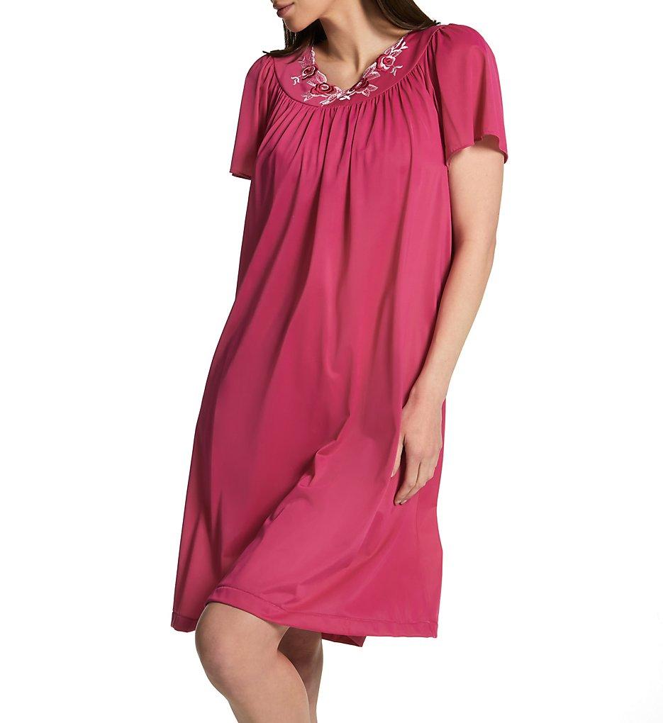 Shadowline Petals Short Sleeve Gown 36280 - Shadowline Sleepwear