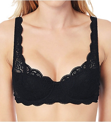 Triumph Amourette 300 Lightly Padded Lace Underwire Bra