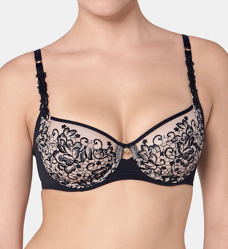 Bras and Panties by Triumph (81303)