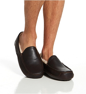 UGG Ascot Leather Slipper