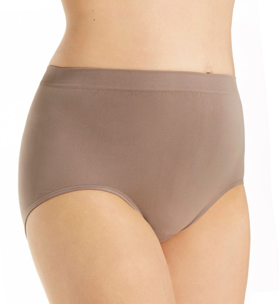 Vanity Fair Perfectly Yours Seamfree Tailored Brief Panty