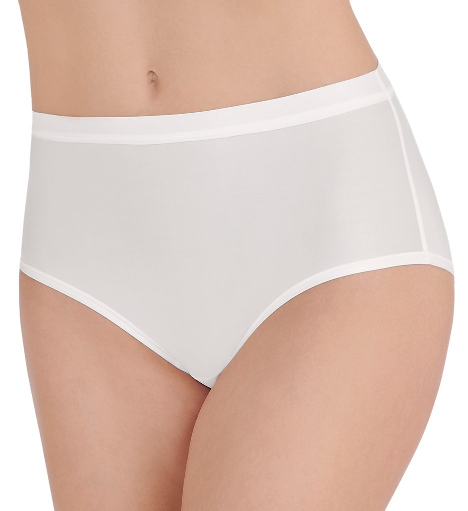 Vanity Fair - Vanity Fair 13196 Light & Luxe Brief Panty (Star White 6)
