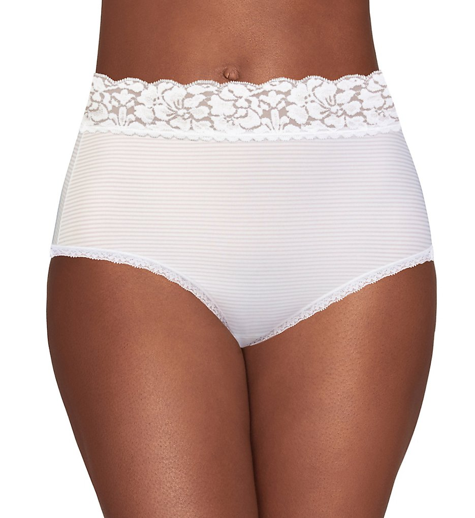 Vanity Fair >> Vanity Fair 13281 Flattering Lace Brief Panty (Star White 6)