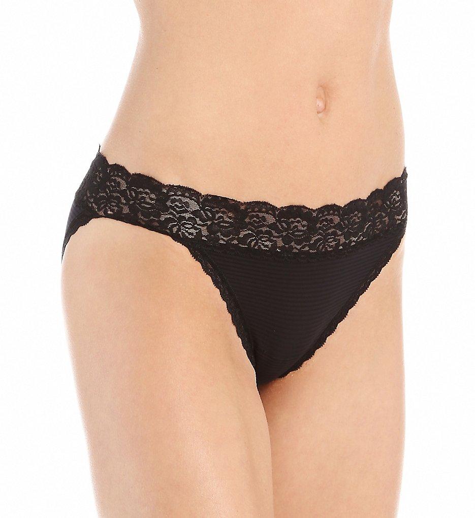 Vanity Fair 18280 Flattering Lace Ultimate Comfort Bikini Panty