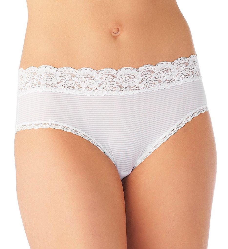 Vanity Fair 18281 Flattering Lace Ultimate Comfort Hipster Panty