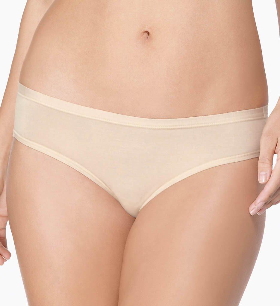 c85651ff947c8 Wacoal B-Fitting Daywear Bikini Panty 832241 - Wacoal Panties