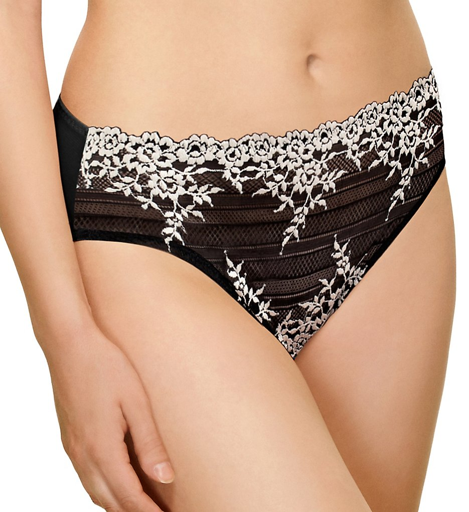 Wacoal >> Wacoal 841191 Embrace Lace Hi Cut Brief Panty (Black L)