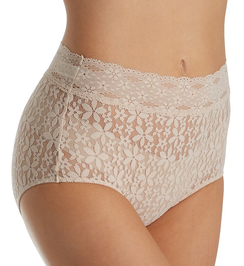 Wacoal >> Wacoal 870405 Halo Lace Full Brief Panty (Nude S)